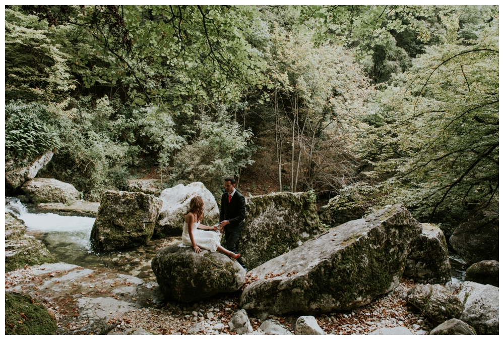 day after automne foret riviere boheme montagne grenoble annecy lyon - eugenie hennebicq photographe mariage elopement_0010