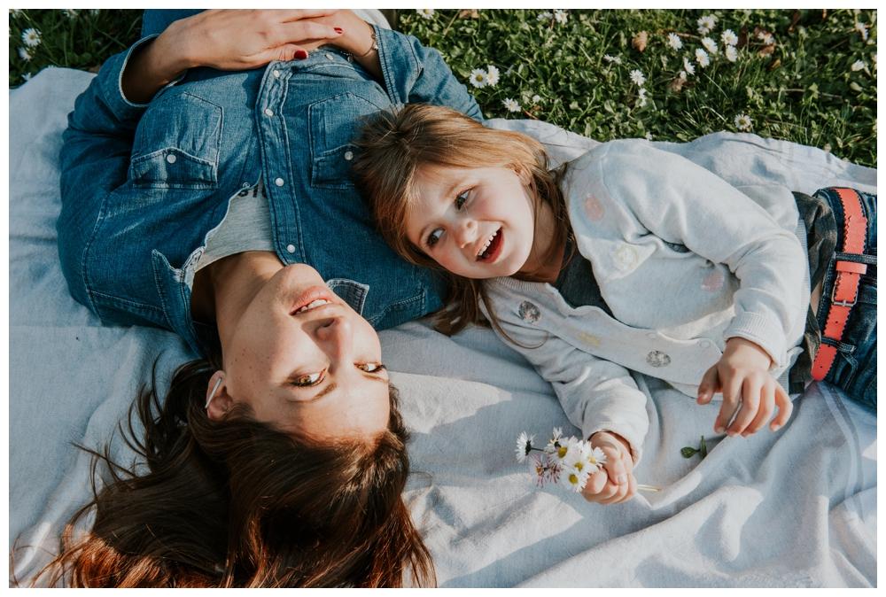 seance photo famille lifestyle grenoble isere annecy lyon portrait 13