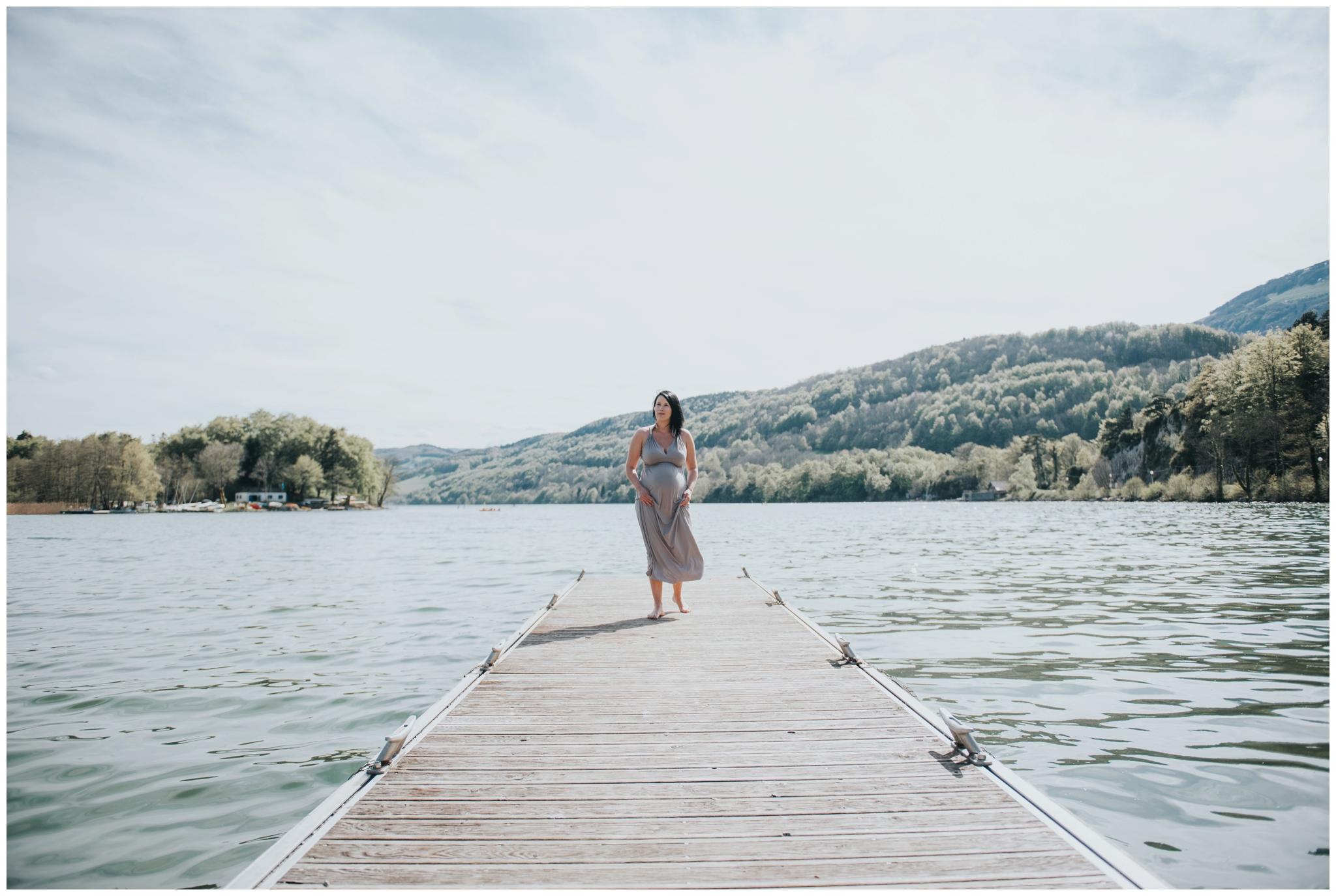 photographe grossesse future maman grenoble annecy lyon naturel lifestyle lac nouveau ne maternite famille seance photo famille _006