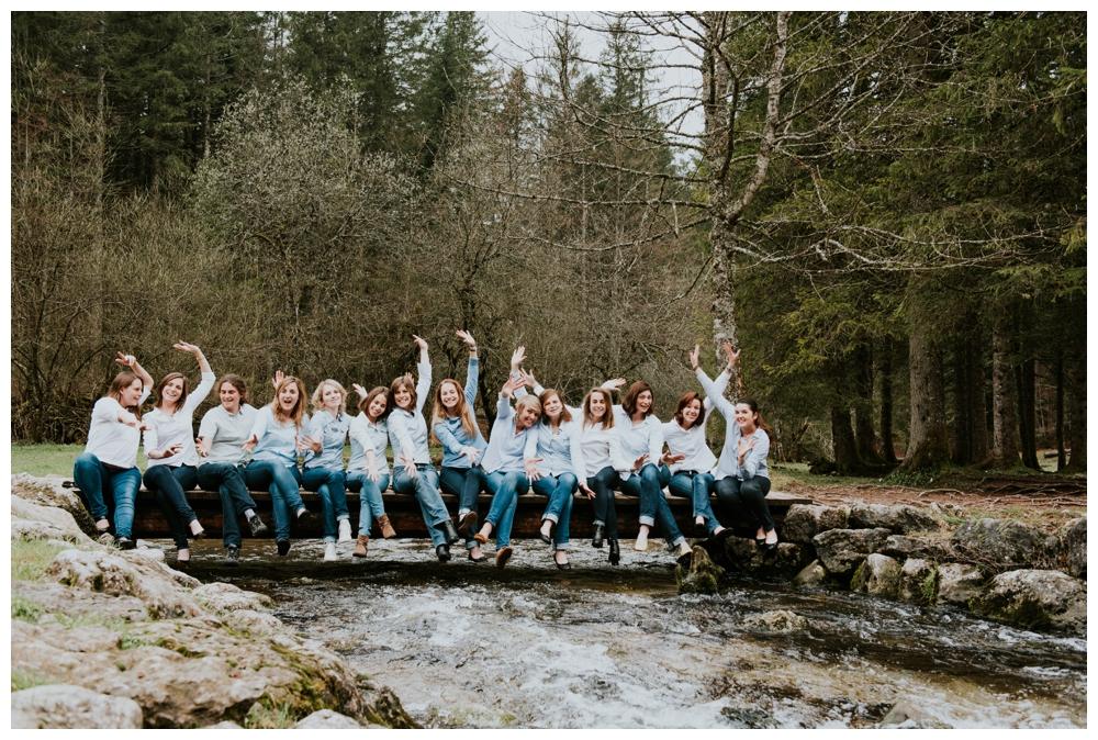 photographe mariage lyon evjf montagne seance photo enterrement de vie de jeune fille surprise lifestyle naturel annecy grenoble suisse entre copine_0007