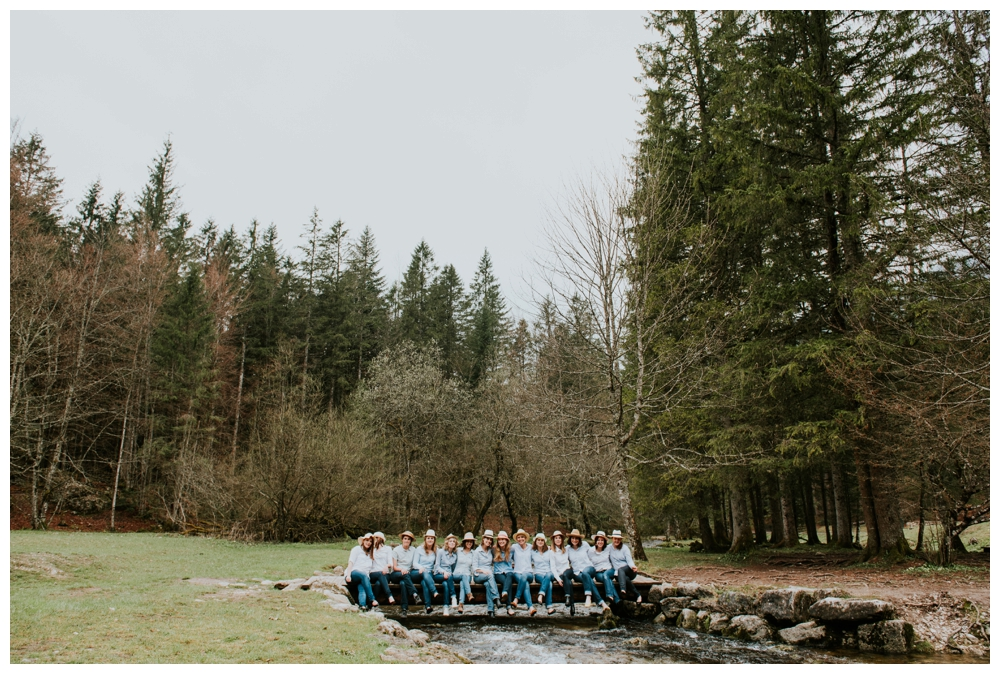 photographe mariage lyon evjf montagne seance photo enterrement de vie de jeune fille surprise lifestyle naturel annecy grenoble suisse entre copine_0008