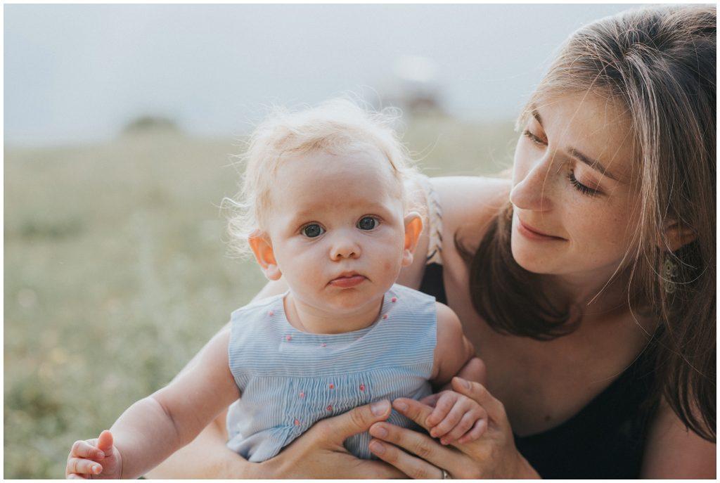 photographe-famille-grenoble-naturel-lifestyle-champetre_0004
