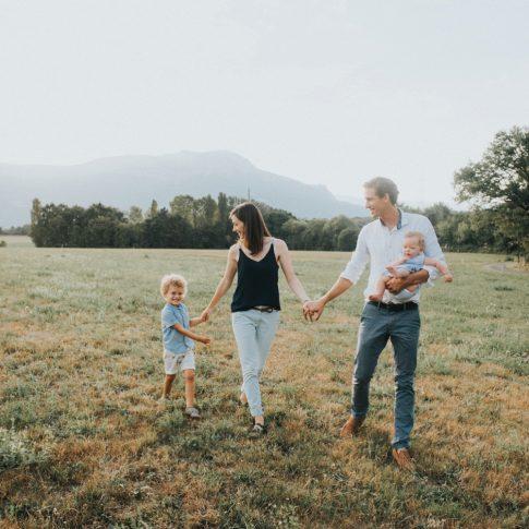photographe-famille-grenoble-naturel-lifestyle-champetre_0015